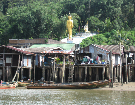 Golden statue of Buddha at the Thai boarder