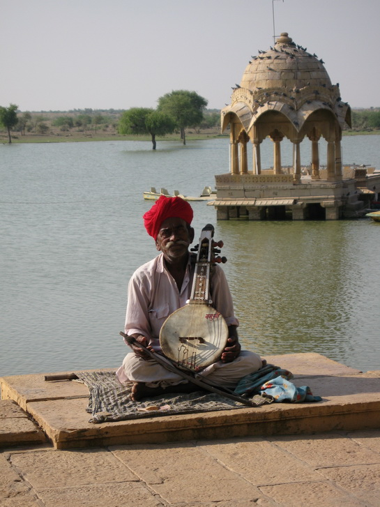 Busker at Gadsisar Lake