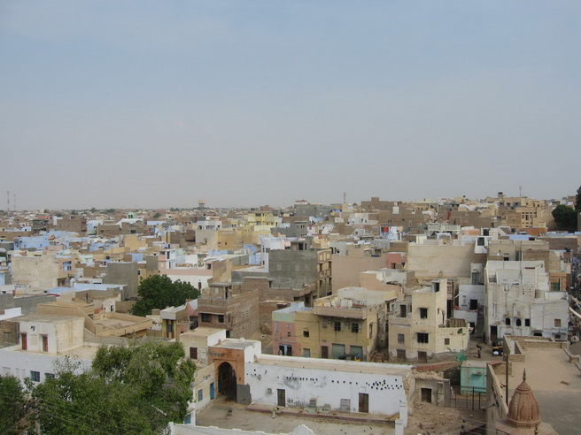 Looking over the roof tops of Bikaner